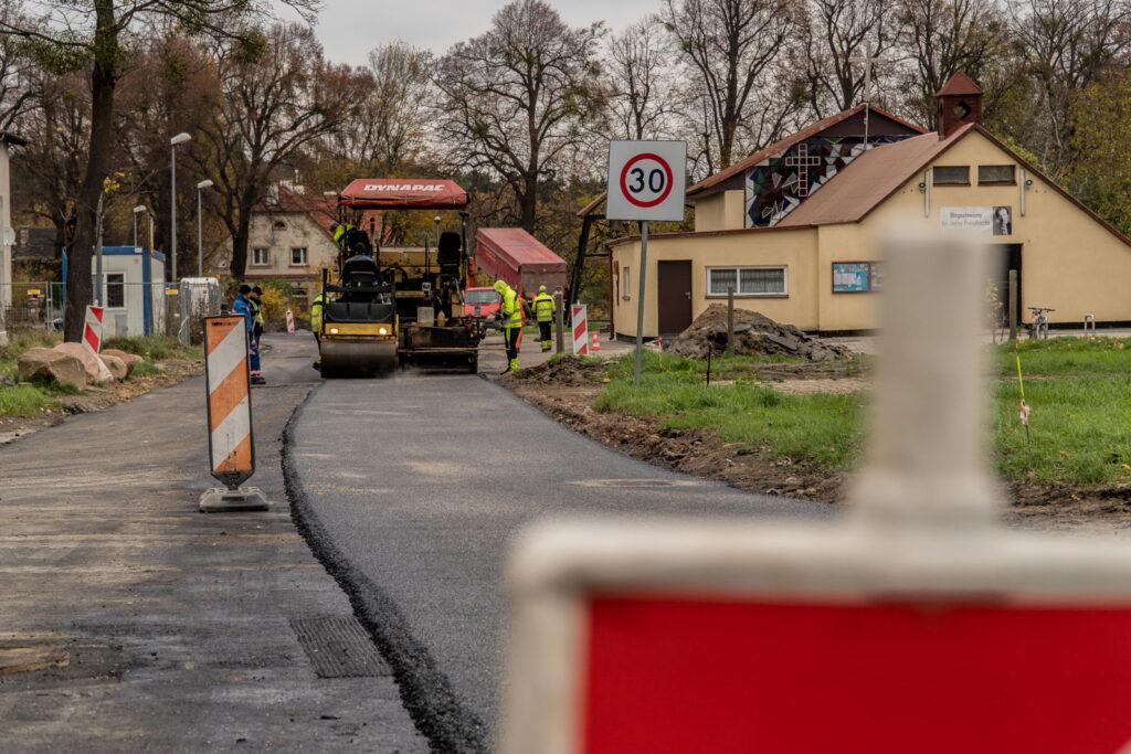 Budowa kanalizacji naBabich Dołach // fot Aleksander Trafas
